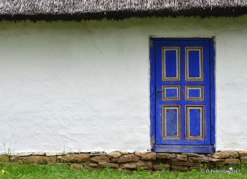 Door of a Lipovan house (Bucharest, Romania, 2017)