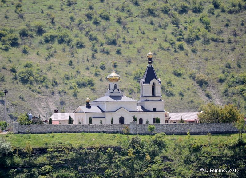 Monastery (Orheiul Vechi, Moldova, 2017)