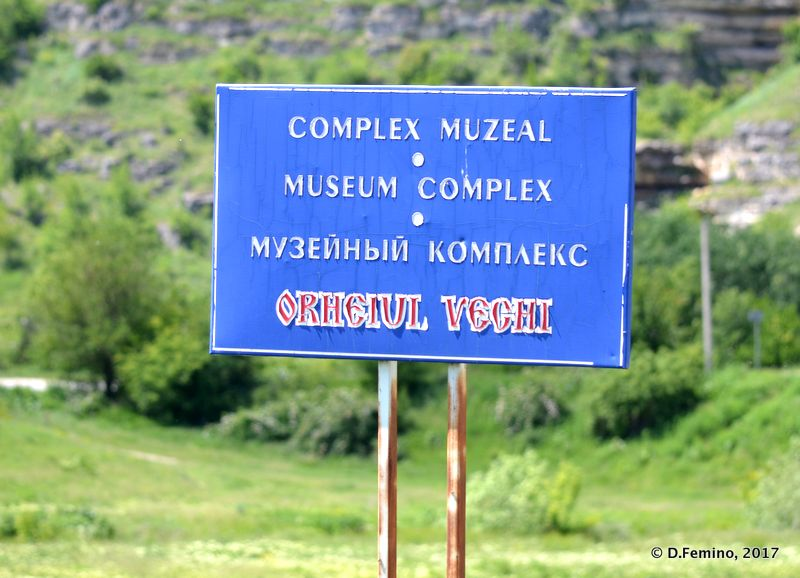 Welcome to the museum (Orheiul Vechi, Moldova, 2017)