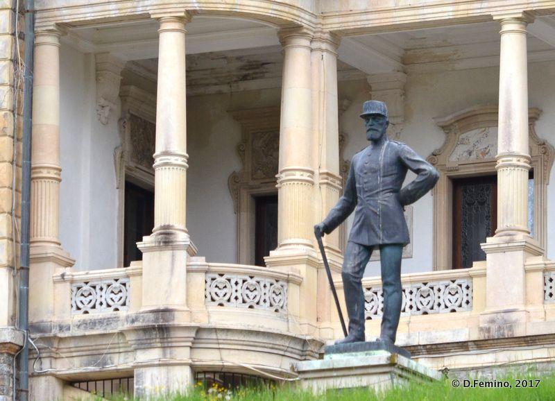 Statue of King Carol of Romania (Sinaia, Romania, 2017)