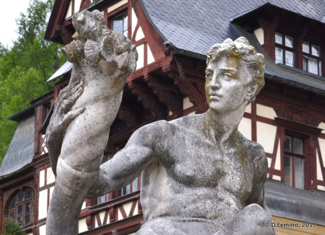 Greek god statue (Sinaia, Romania, 2017)