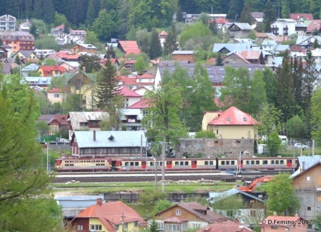 Busteni village (Cantacuzino Castle, Romania, 2017)