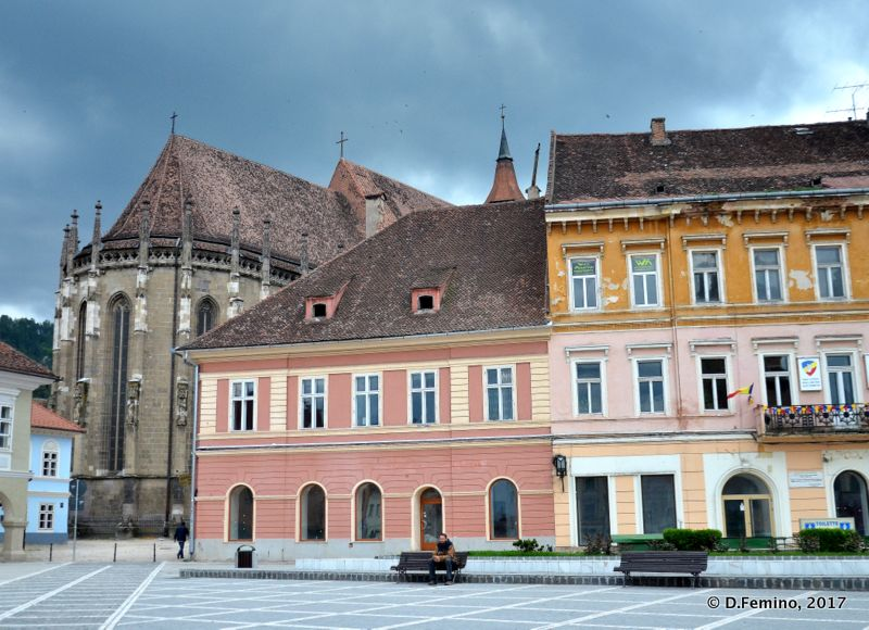 Buildings in piața Sfatului (Brașov, Romania, 2017)