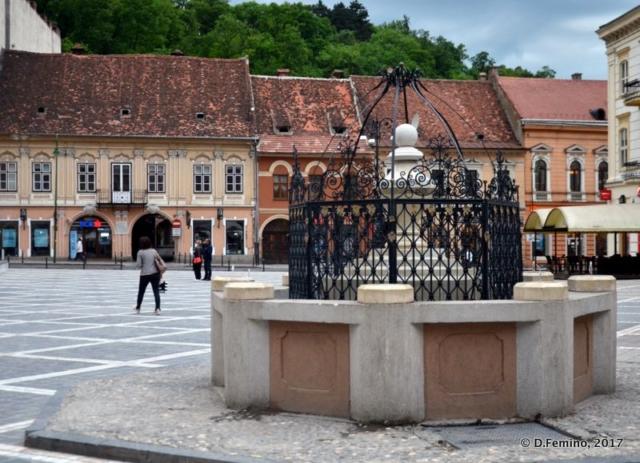 Old pit (Brașov, Romania, 2017)