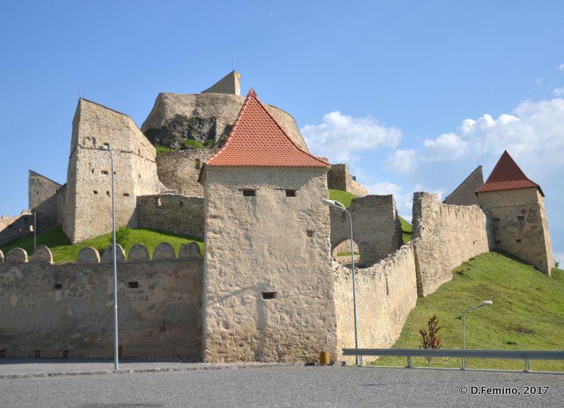 Citadel's ramparts (Rupea, Romania, 2017)