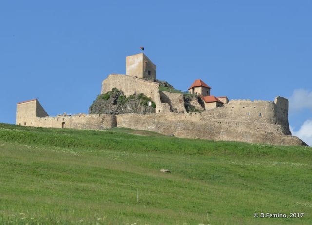 View of citadel from the town (Rupea, Romania, 2017)