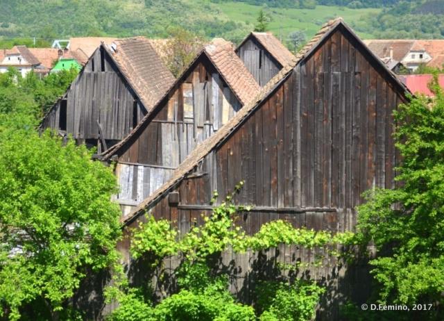Wooden houses (Şaroş pe Târnave, Romania, 2017)