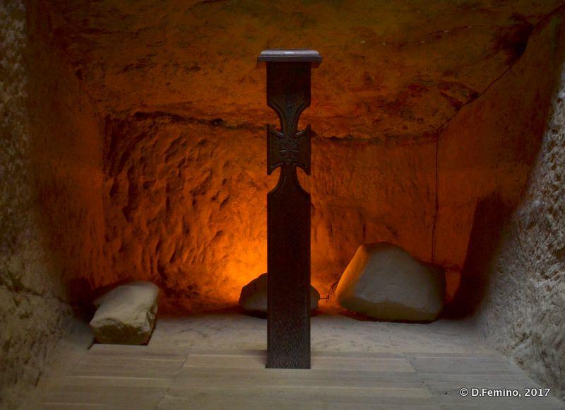 A cross in the cave (Șinca Veche, Romania, 2017)