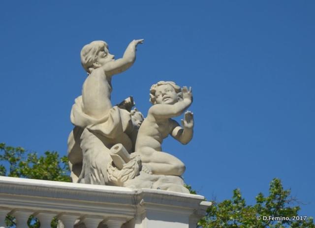 Statue on the Opera theatre (Odessa, Ukraine, 2017)