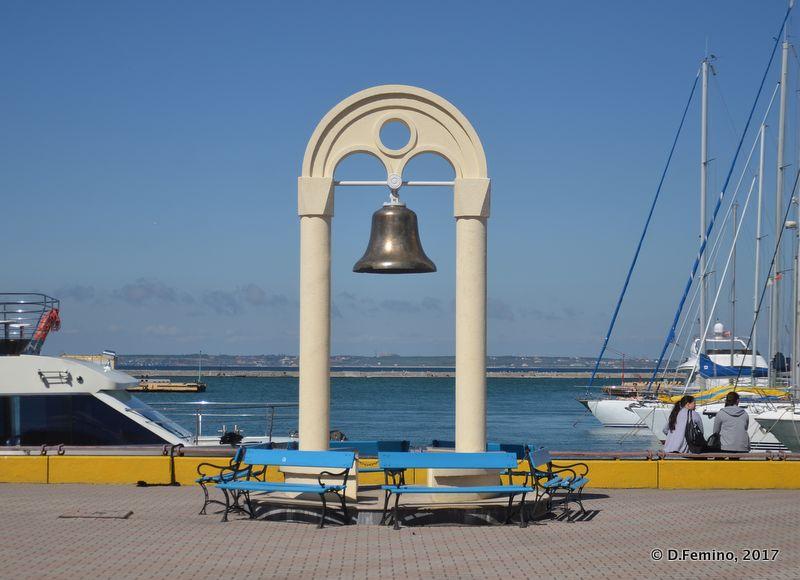 Bell on the dock (Odessa, Ukraine, 2017)