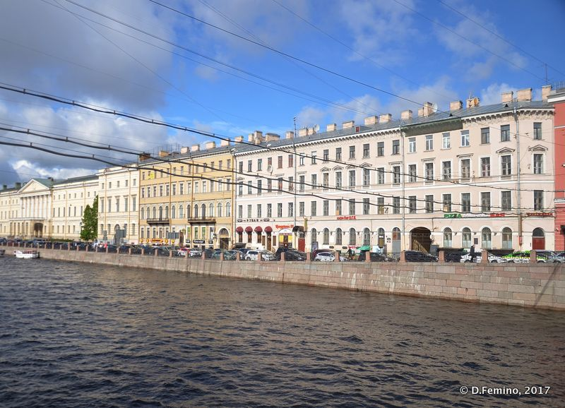 Buildings by Fontanka river (Saint Petersburg, Russia, 2017)