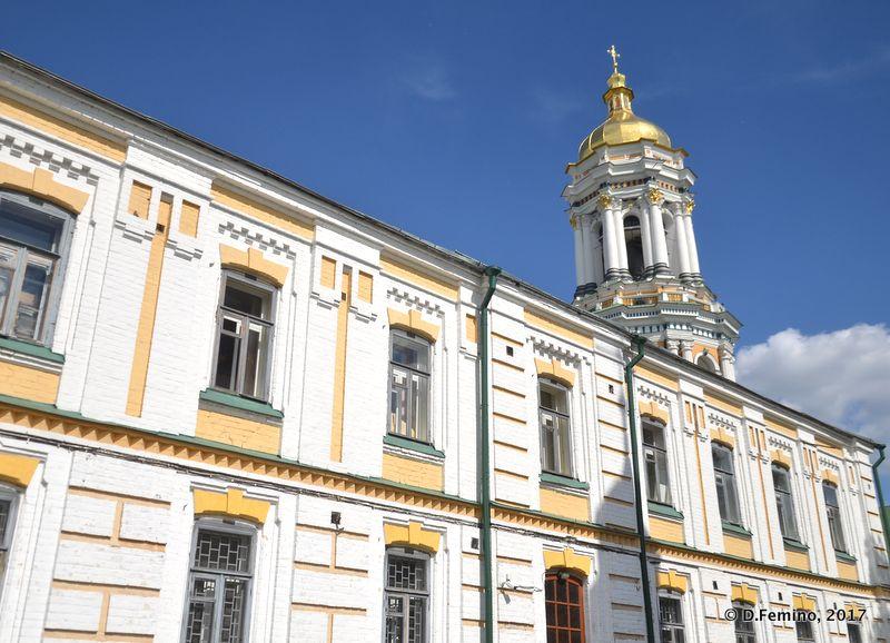 Building in Pechersk Monastery (Kiev, Ukraine, 2017)