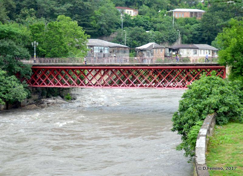Iron pedestrian bridge (Kutaisi, Georgia, 2013)
