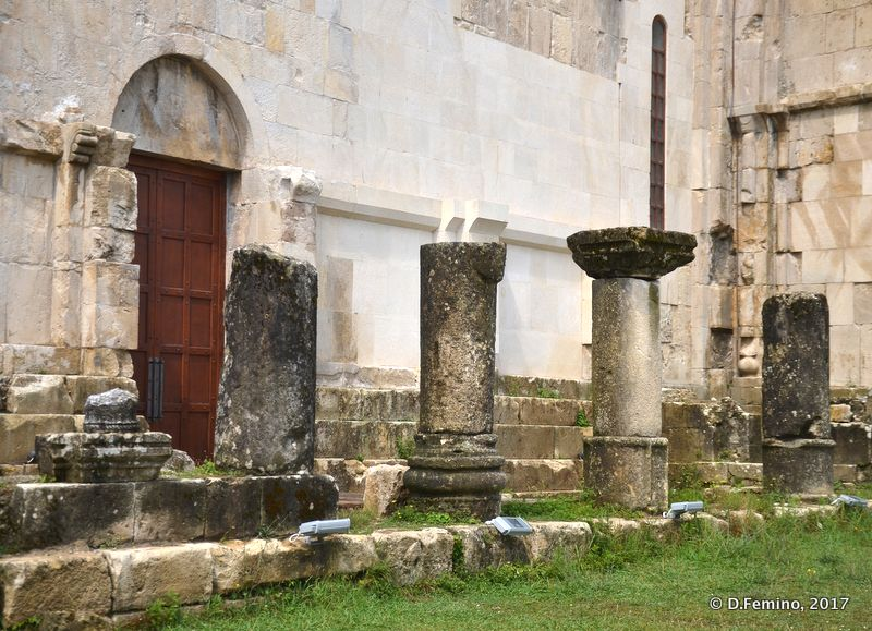 Roman columns in Bagrati church (Kutaisi, Georgia, 2013)
