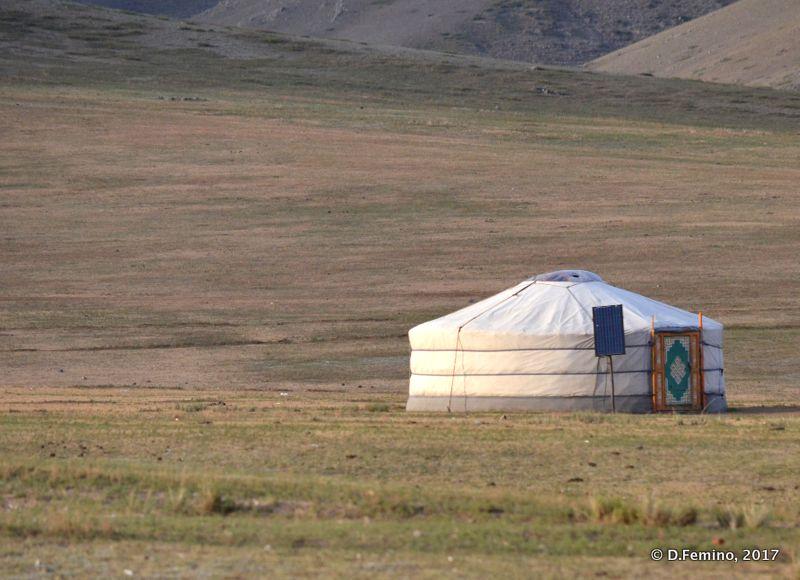 A nomad house (Mongolia, 2017)