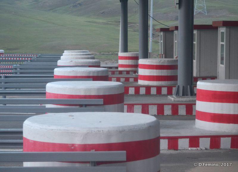Finally an highway! (Mongolia, 2017)
