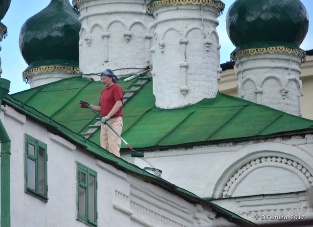 Roof maintenance (Kazan, Russia, 2017)