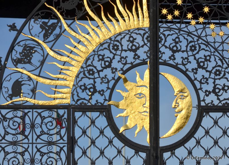 Sun and the moon on presidential palace gate (Kazan, Russia, 2017)