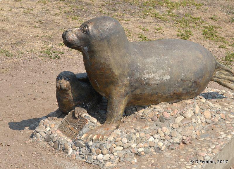 Seals monument (Irkutsk, Russia, 2017)