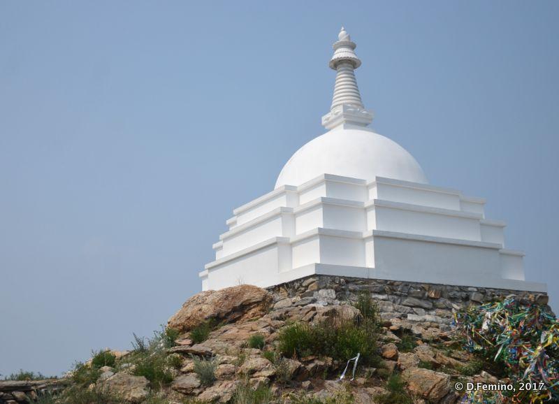 Buddhist stupa (Ogoy islet, Russia, 2017)