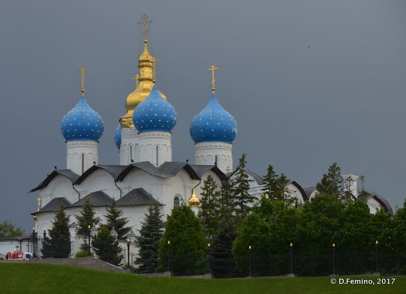 Church and clouds (Kazan, Russia, 2017)