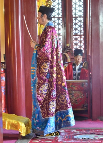Rite in a Taoist temple (Beijing, China, 2017)