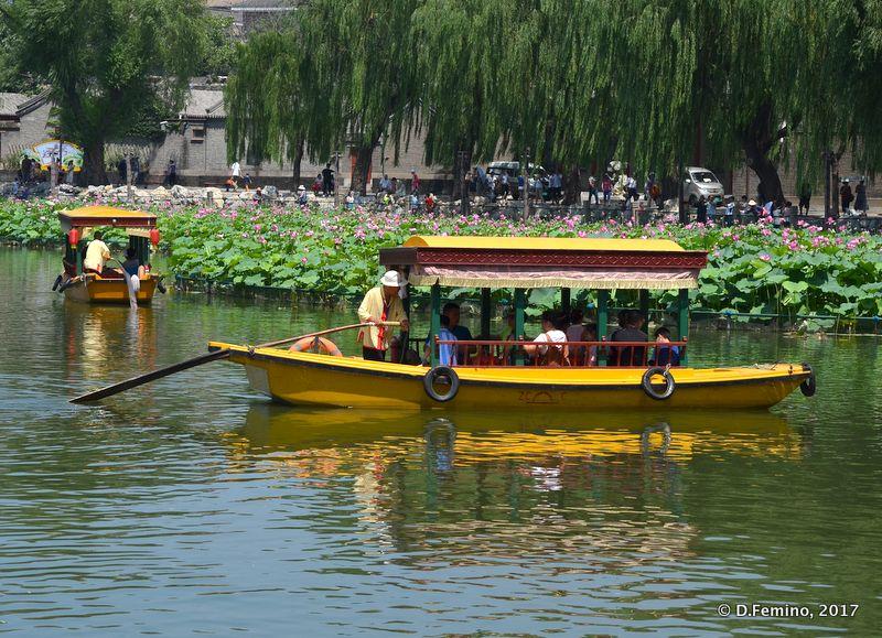 Boat for tourist in Beihai lake (Beijing, China, 2017)