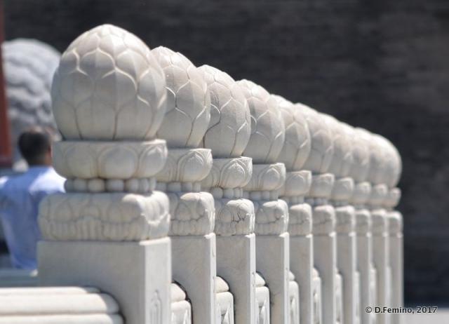 Marble columns (Beijing, China, 2017)