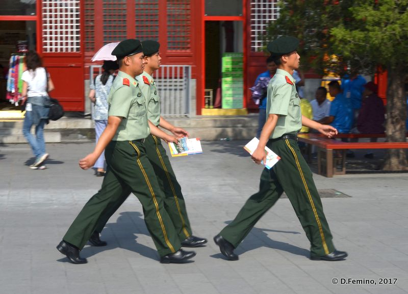 Marching soldiers (Beijing, China, 2017)