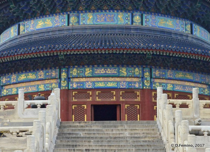 Entrance to temple of heaven (Beijing, China, 2017)