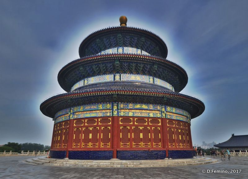 Temple of Heaven with a crown of light (Beijing, China, 2017)