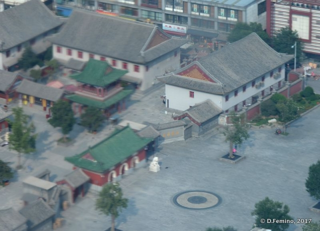 View of Dabei temple from above (Tianjin, China, 2017)