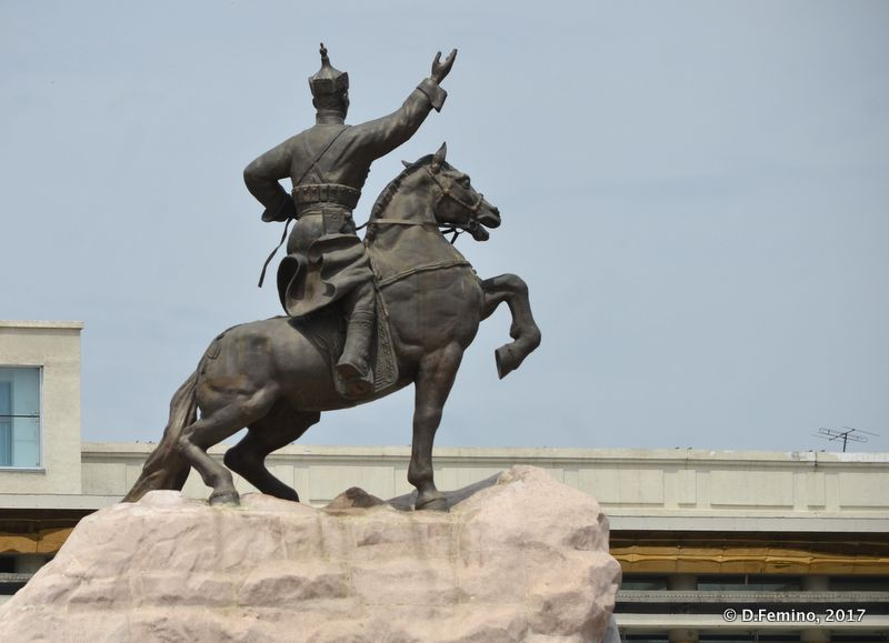 Gengis Khan statue (Ulaanbaatar, Mongolia, 2017)