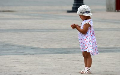 Little girl in Gengis Khan square