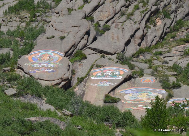 Drawings on the mountain (Aryaval Monastery, Mongolia, 2017)