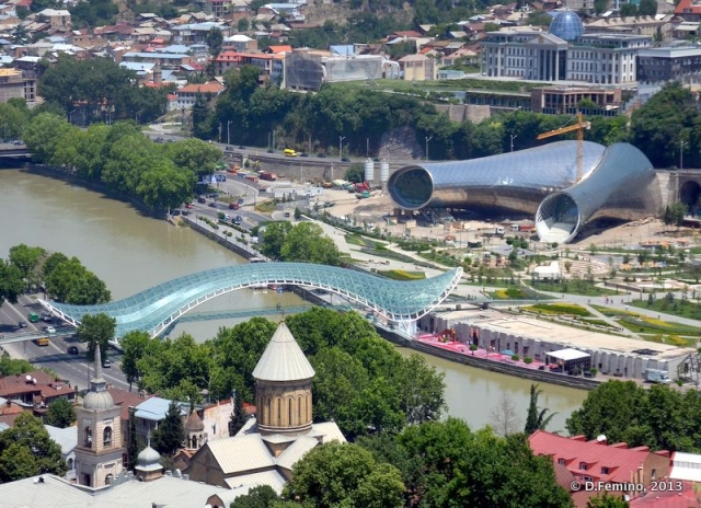 Music hall and peace bridge (Tbilisi, Georgia, 2013)
