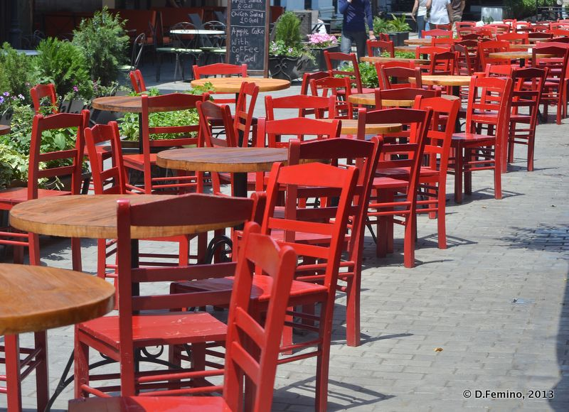 Chairs and tables (Tbilisi, Georgia, 2013)