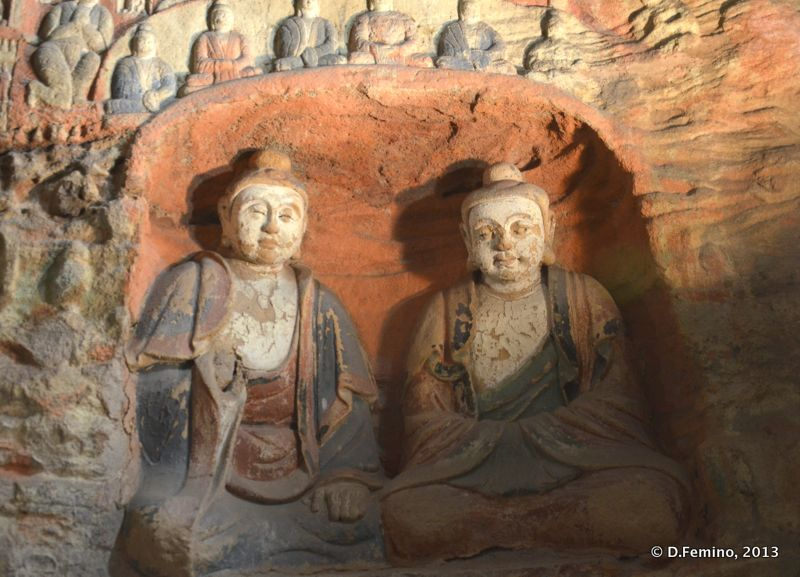A couple of deities (Yungang Grottoes, China, 2017)