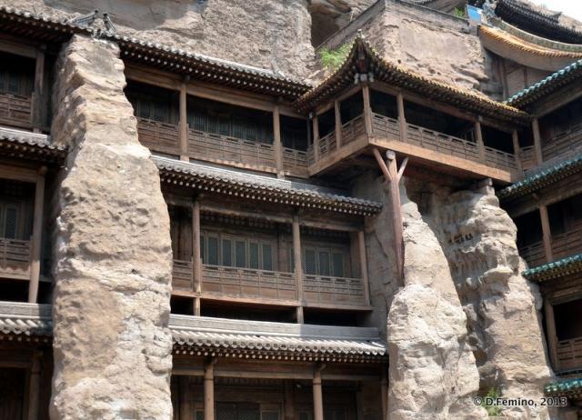 Pagoda temple (Yungang Grottoes, China, 2017)