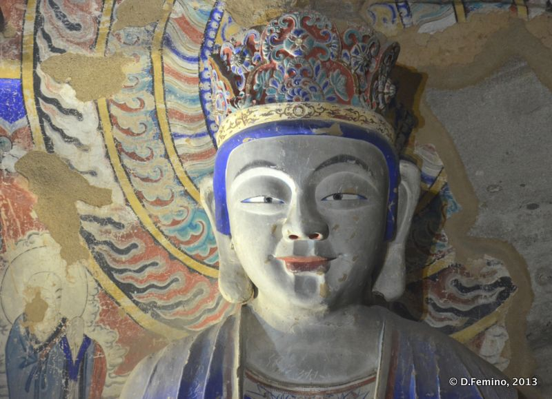 Face to face with deity (Yungang Grottoes, China, 2017)