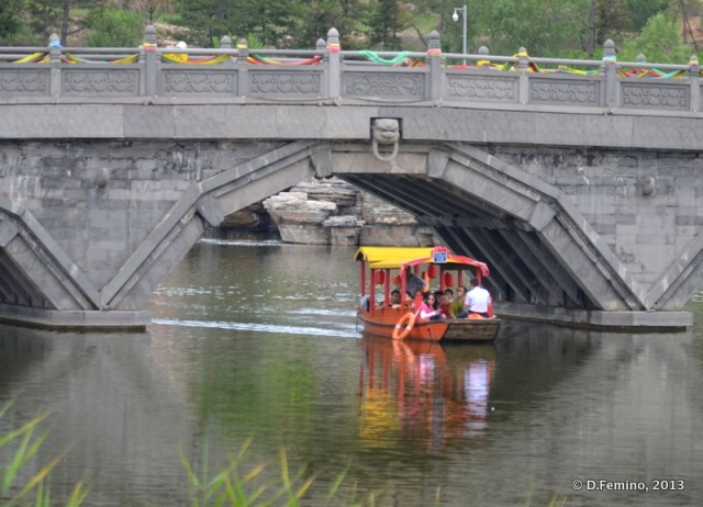 Small boat under the bridge (Yungang Grottoes, China, 2017)