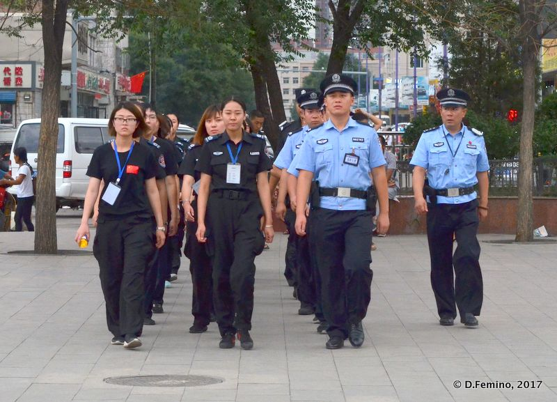 Police squad back from work (Datong, China, 2017)