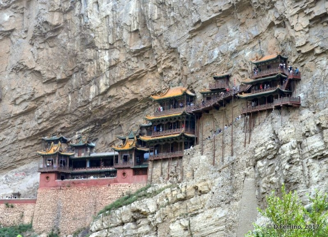 Hanging temple (Hunyuan County, China, 2017)