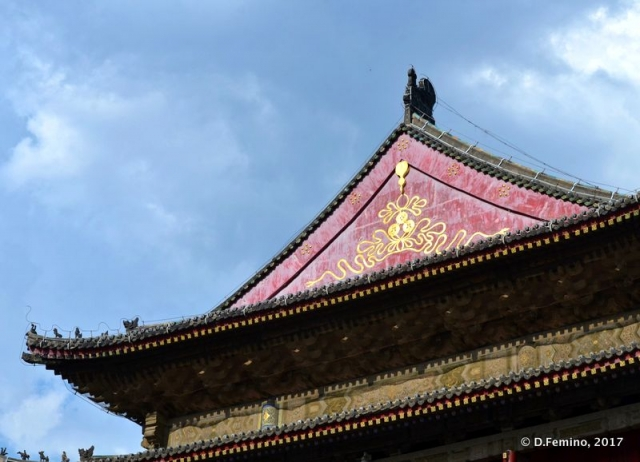 Roof of the watchtower (Xi'an, China, 2017)