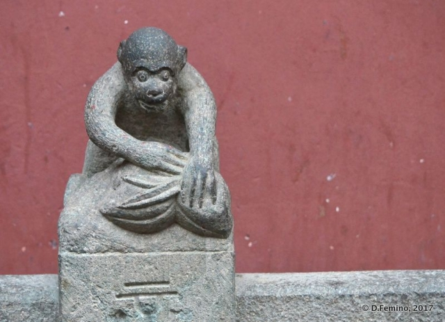 Monkey statue (Shanghai, China 2017)