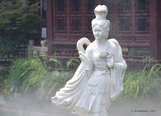 Goddess statue (Shanghai, China 2017)