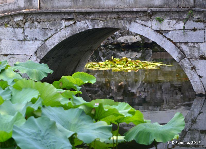 Bridge on the master of the net garden (Suzhou, China, 2017)