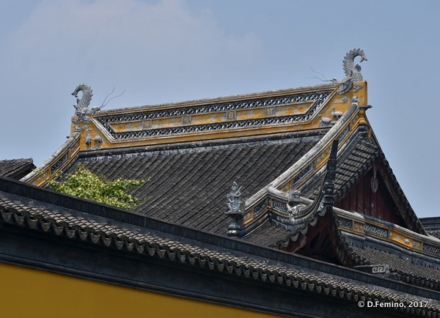 Roof of a temple (Suzhou, China, 2017)