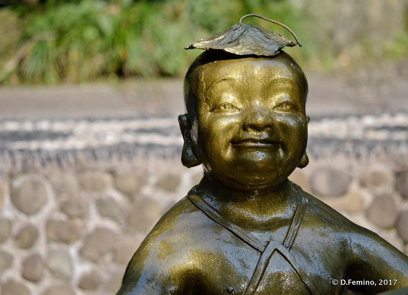 Buddha statue (Hangzhou, China, 2017)