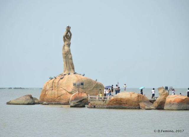 Fisher girl statue (Zhuhai, China, 2017)